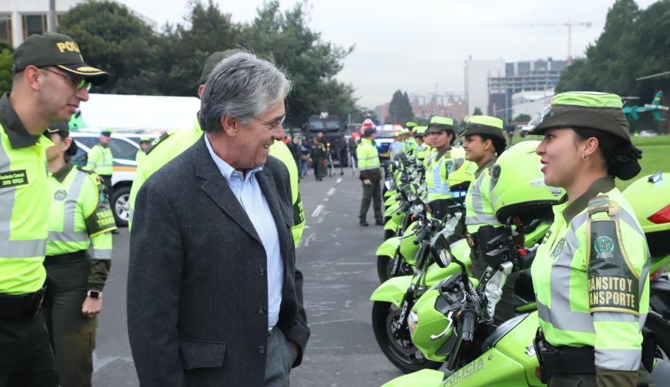 Con nueva patrulla aérea, Mintransporte y Ditra fortalecen seguridad vial para fin de año