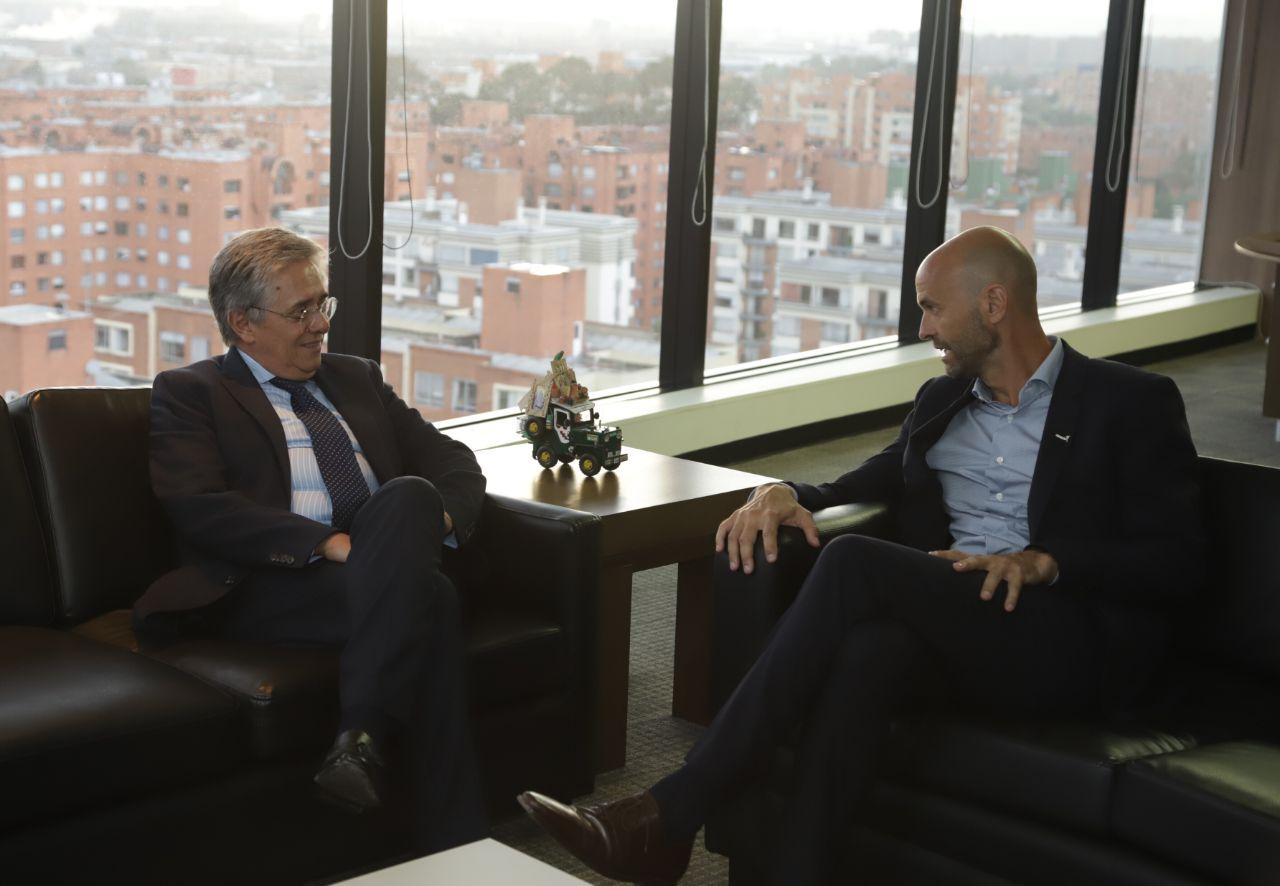 """""""Es impactante ver los avances que ha tenido Colombia"""": Mintransporte de Argentina"""