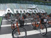Entrega de bicicletas en Armenia