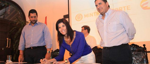 Mintransporte baja la tasa aeroportuaria de Cartagena