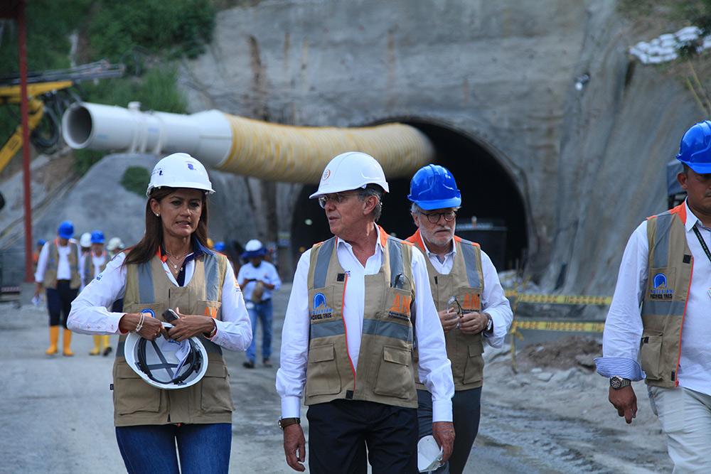 Imagen de MinTransporte cumplió jornada maratónica para supervisar proyectos en Caldas