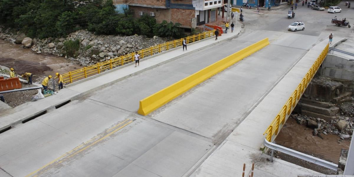 Nuevo Puente Sangoyaco en Mocoa garantiza conectividad en el Sur del País