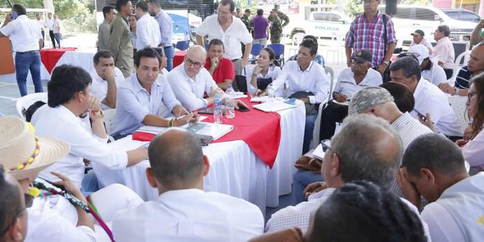 Gobierno nacional se compromete con la rehabilitación del corredor San Juan del Cesar – Custecitas, en La Guajira
