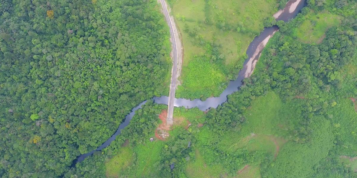 Sólo faltan 200 metros para terminar la Vía La Espriella – Río Mataje, en la frontera con el Ecuador