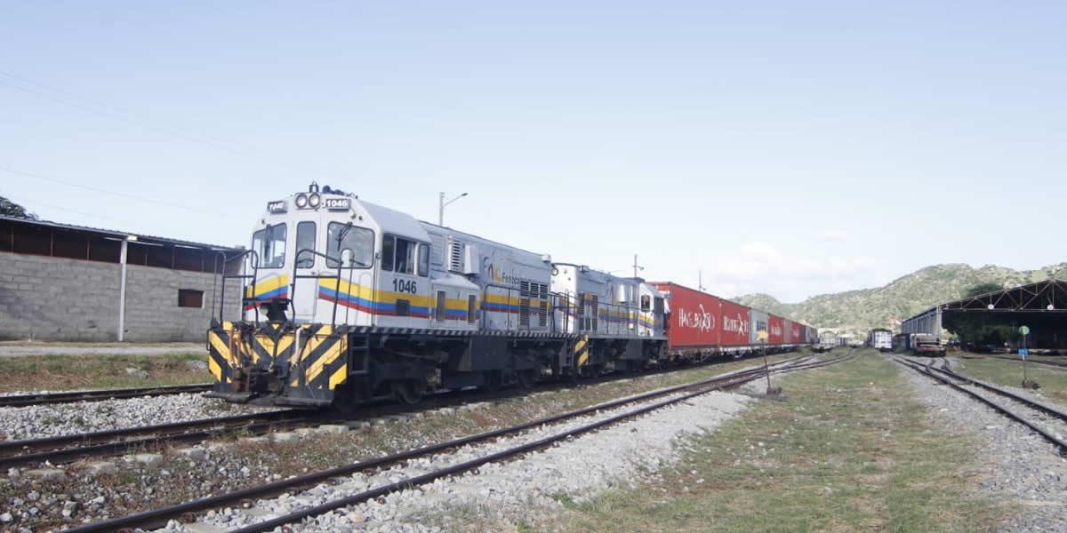 2Inició la operación regular del Tren Santa Marta - La Dorada con carga de exportación